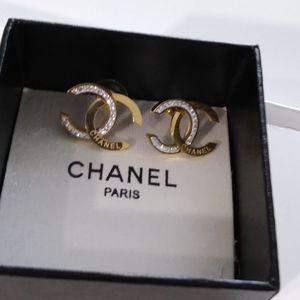 Earring Chanel